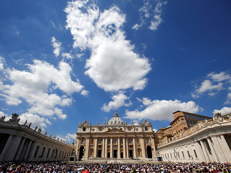 The faithful attend the Angelus prayer led by Pope Francis in St. Peter's Square at the Vatican on Aug. 14, 2016. Photo courtesy of REUTERS/Max Rossi