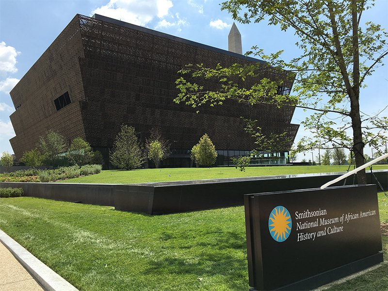 Exterior of the Smithsonian National Museum of African American History and Culture on July 20, 2016.Photo by Fuzheado via Wikimedia Creative Commons.