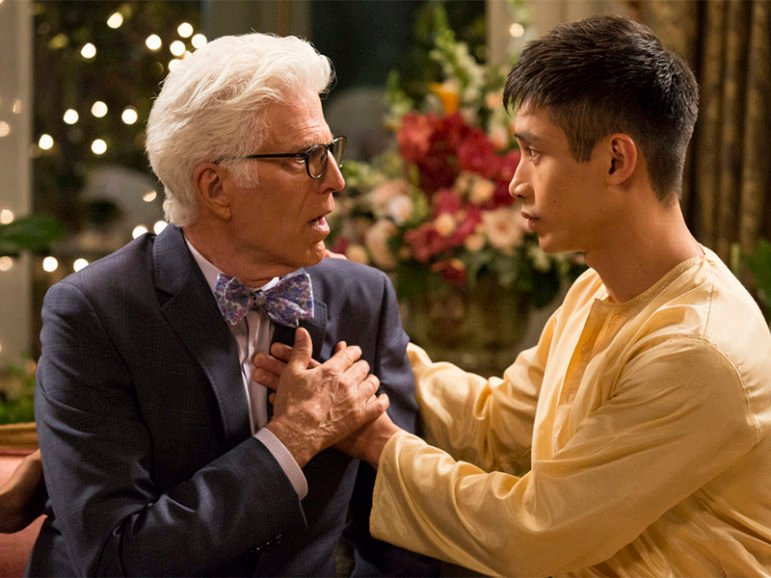 Ted Danson as Michael, left, Manny Jacinto as Jiany in The Good Place pilor episode. Photo by Justin Lubin/NBC