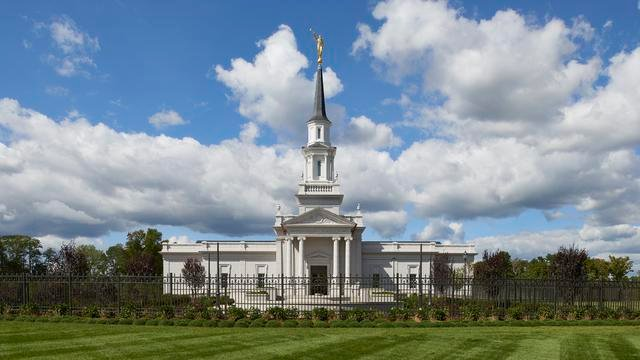 The Hartford, Connecticut LDS temple is open to the public for tours until October 22.