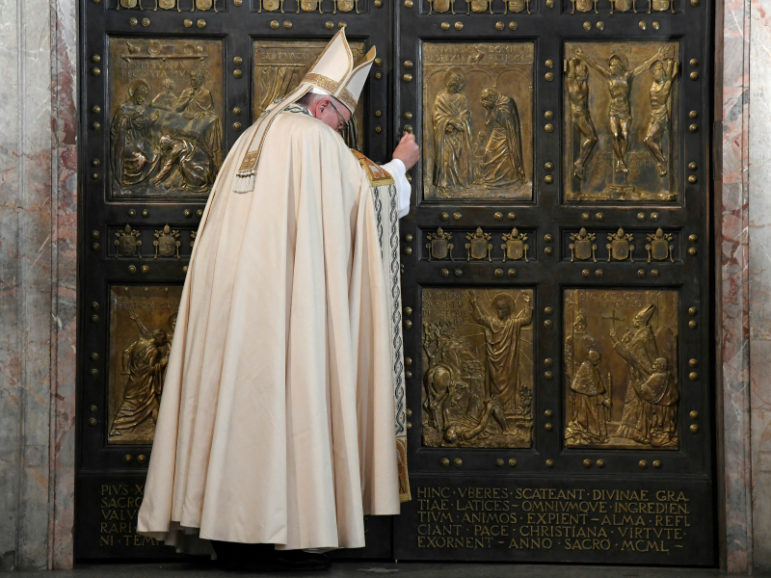Pope Francis closes the Holy Door in Saint Peter's Basilica to mark the closing of the Jubilee Year of Mercy. November 20, 2016. Photo via Reuters.