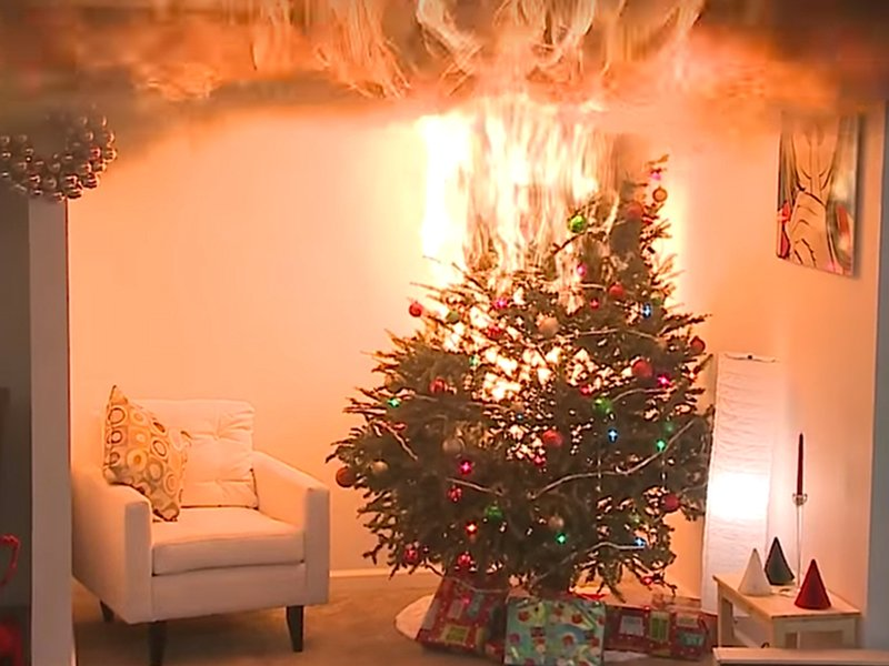 Holidays on fire: When Christmas trees and candles lead to 911 ...