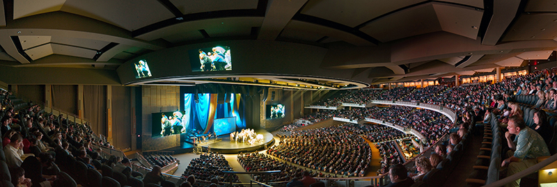 Willow Creek Community Church in South Barrington, IL, boasts one of the largest congregations in America. More than 17,000 worshippers a week attend the church. Photo courtesy of Willow Creek Community Church