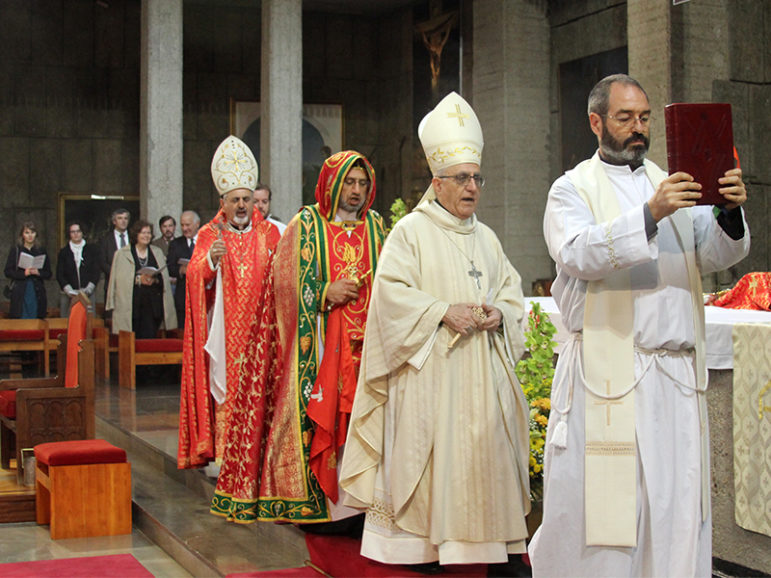 Chaldean Archbishop Yousif Mirkis of Kirkuk, Iraq, second from right, celebrates Mass on April 19, 2015, in Madrid. Photo courtesy of HazteOir.org via Creative Commons