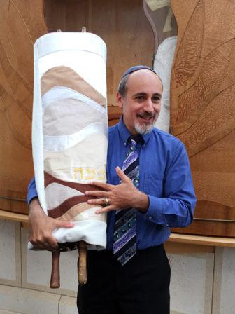 Rabbi Fred Scherlinder Dobb in August 2015. RNS photo by Kimberly Winston