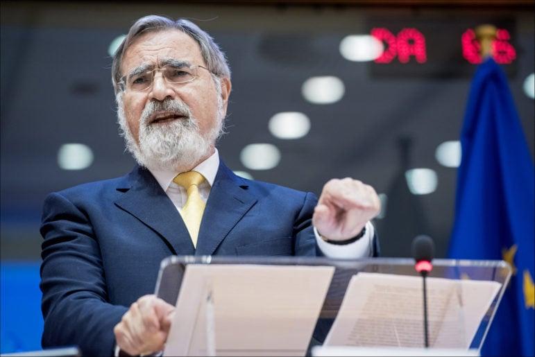 Rabbi Jonathan Sacks speaks at the European Union on Sept. 27, 2016. Photo courtesy of European Union 2016 - European Parliament/Pietro Naj-Oleari