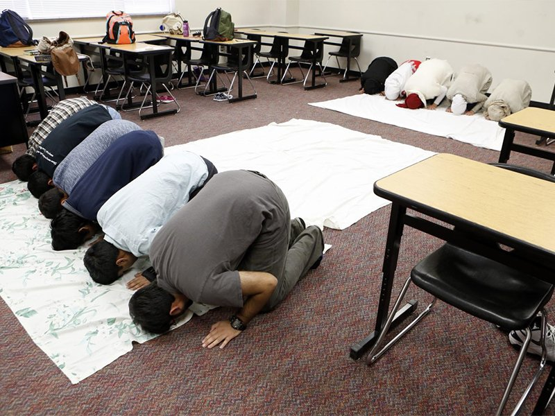 As a Christian, I didn't realize why my Muslim classmates needed a prayer space of their own (religionnews.com)