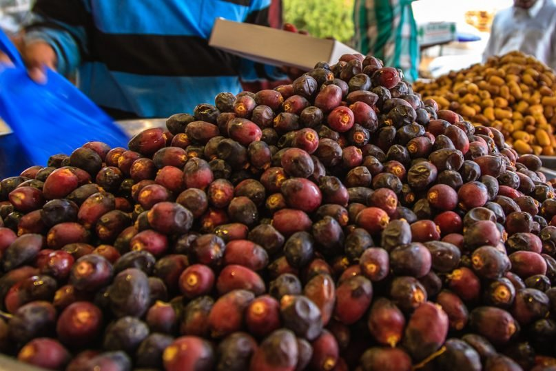 Dates are a popular food for breaking fast during Ramadan. Photo by Omar Chatriwala/Creative Commons