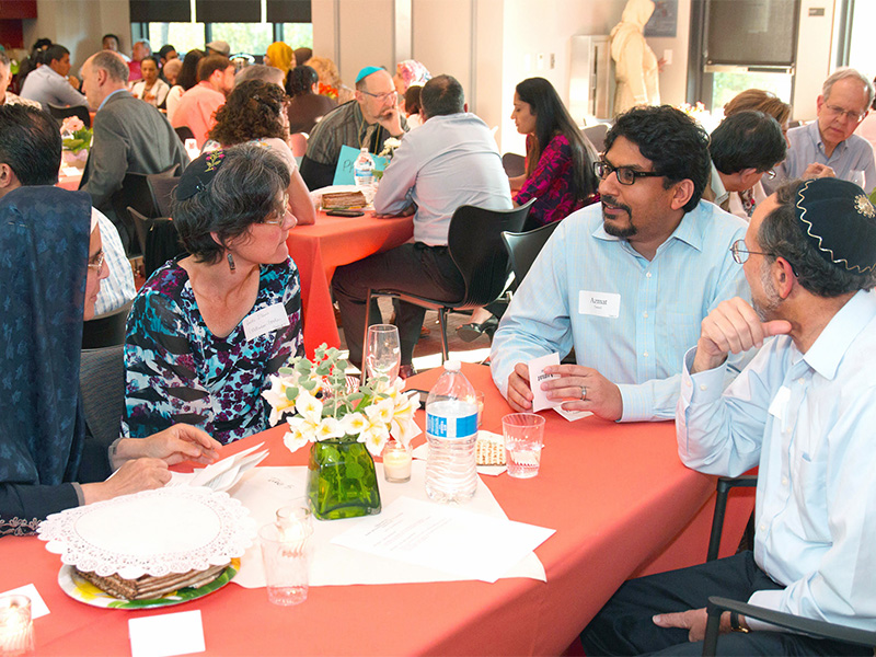 People of diverse faiths meet for an Islamic Networks Group event. Photo courtesy of ING