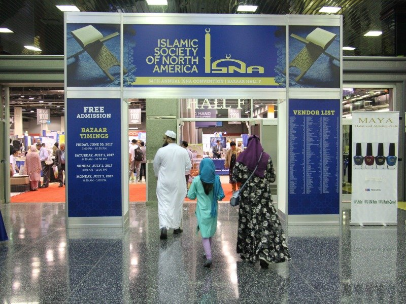 Conventiongoers visit the bazaar on June 30, 2017, at the 54th Islamic Society of North America Convention at the Donald E. Stephens Convention Center in Rosemont, Ill. RNS photo by Emily McFarlan Miller
