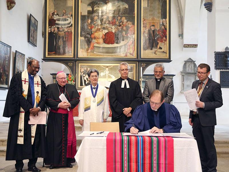 Reformed churches endorse Catholic-Lutheran accord on key