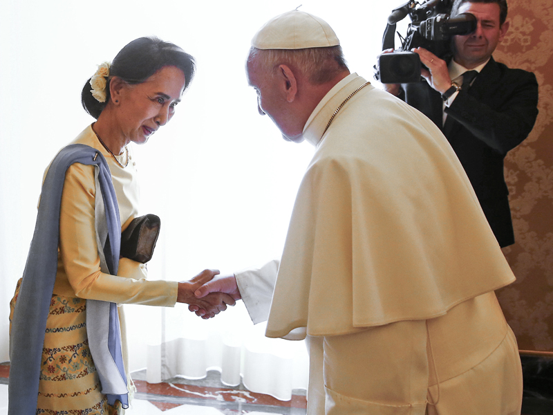 Pope francis to visit to myanmar bangladesh this year religion in this may 4 2017 file photo myanmar leader aung san suu kyi left is welcomed by pope francis at the vatican catholic authorities in myanmar and the m4hsunfo