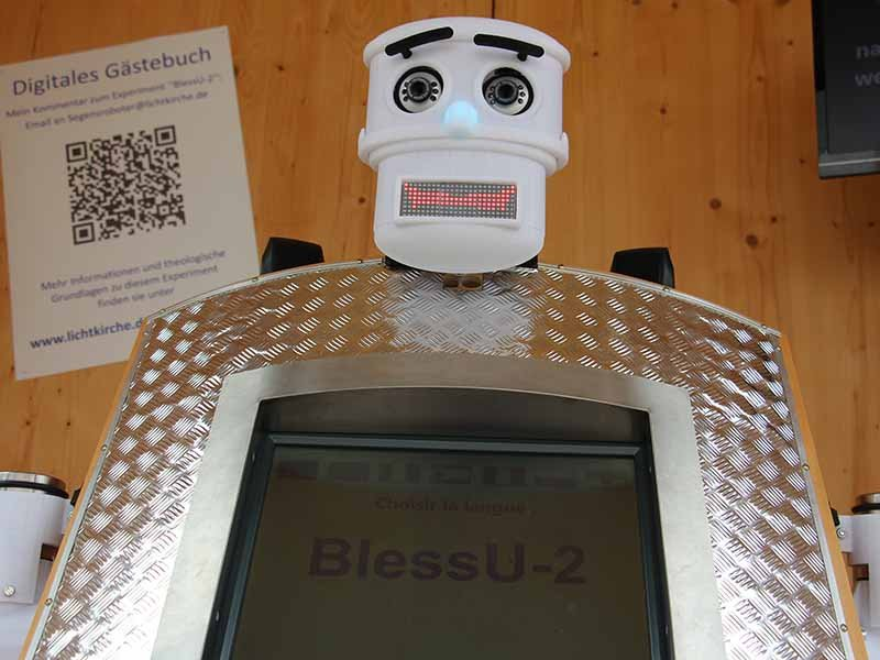 The Evangelical Church in Hesse and Nassau doesn't want to replace human pastors with robots. It just wants to get people talking about the nature of blessing. Photo by Emily McFarlan Miller