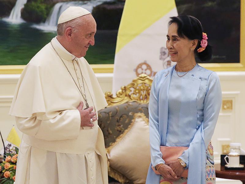 Pope Francis meets with Myanmar's leader, Aung San Suu Kyi, in Naypyitaw, Myanmar, on Nov. 28, 2017. (Max Rossi/Pool Photo via AP)