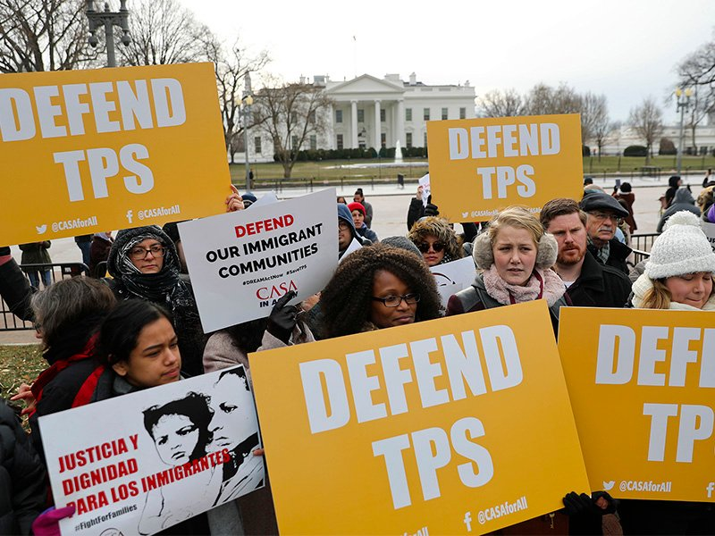 CASA de Maryland, an immigration advocacy and assistance organization, holds a rally in Lafayette Park, across from the White House in Washington, on Jan. 8, 2018, in reaction to the announcement regarding Temporary Protected Status for people from El Salvador. The Trump administration is ending special protections for Salvadoran immigrants, forcing nearly 200,000 to leave the U.S. by September 2019 or face deportation. El Salvador is the fourth country whose citizens have lost Temporary Protected Status under President Trump, and they have been, by far, the largest beneficiaries of the program, which provides humanitarian relief for foreigners whose countries are hit with natural disasters or other strife. (AP Photo/Pablo Martinez Monsivais) (Caption amended by RNS)