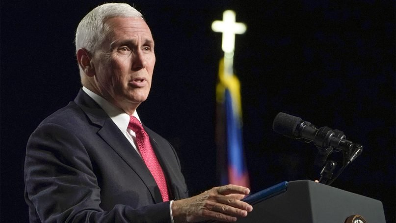 Vice President Mike Pence speaks to the more than 9,600 messengers at the 161st Southern Baptist Convention annual meeting June 13, 2018, at the Kay Bailey Hutchison Convention Center in Dallas. Photo by Bob Carey via Baptist Press