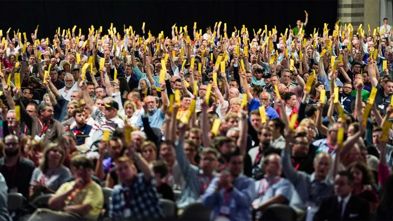 Messengers to the Southern Baptist Convention overwhelmingly voted June 13, 2018, during the afternoon session of the annual meeting against a motion that would have removed members of the Southwestern Baptist Theological Seminary trustee executive committee from the board of trustees, effective immediately. Photo by Adam Covington via Baptist Press