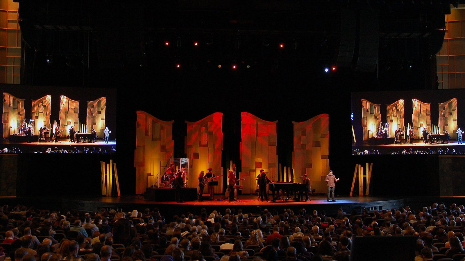 What's next for Willow Creek? - Religion News Service