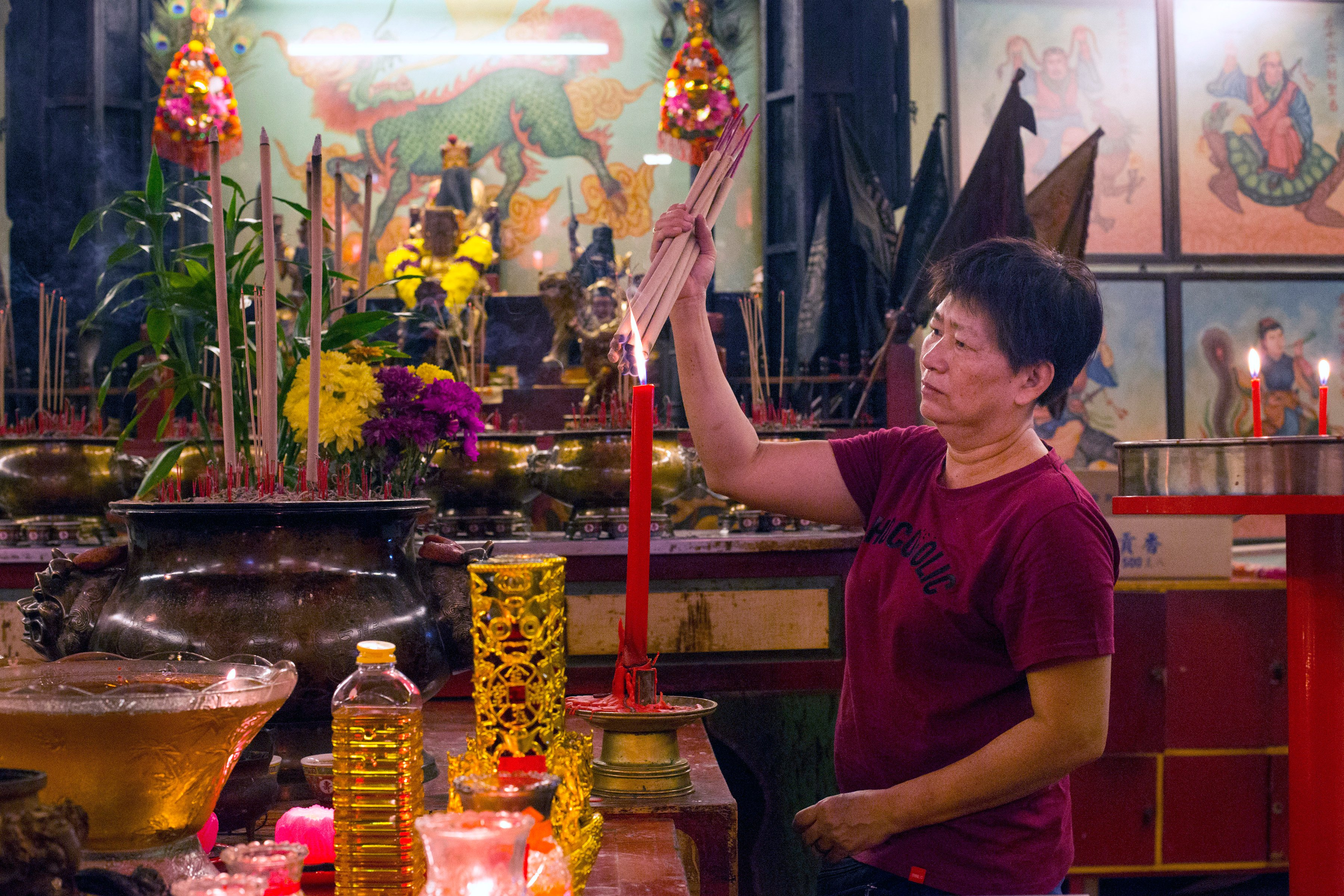 In Malaysia, Lunar New Year keeps ethnic Chinese in touch with