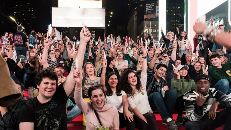 Hundreds gathered at Times Square for an interfaith Shabbat lighting ceremony in late 2017 to celebrate religious diversity. Photo courtesy of Abe's Eats