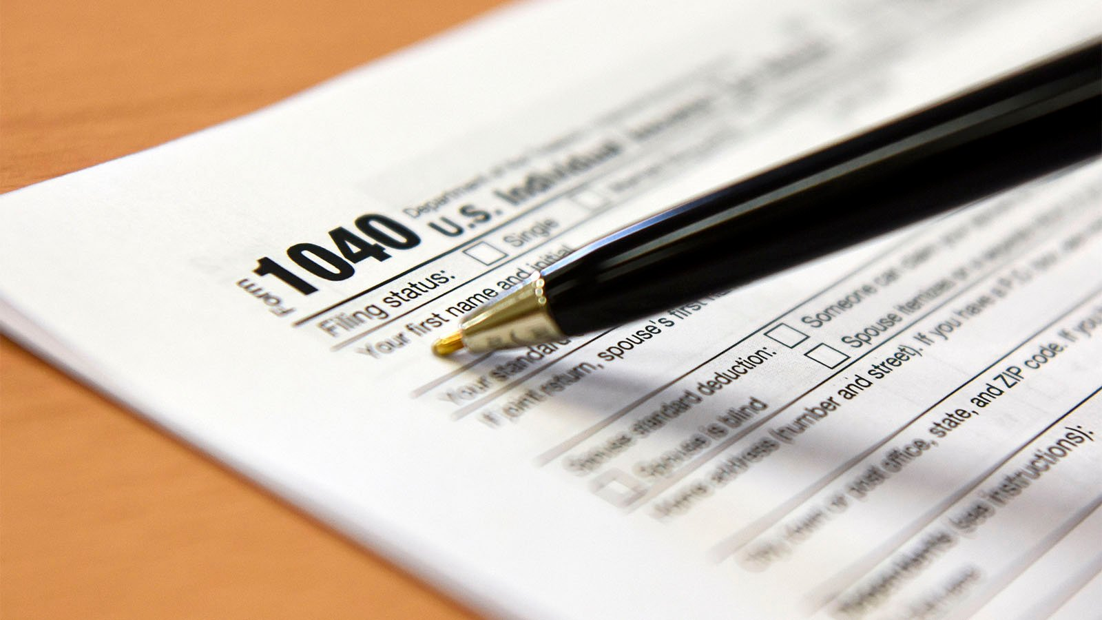 A U.S. individual income tax return 1040 form on Jan. 17, 2019. (U.S. Air Force photo by Senior Airman Savannah L. Waters)