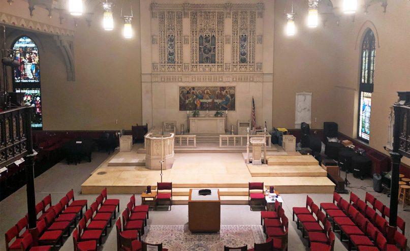 The interior of St. Stephen's Episcopal Church in Philadelphia. RNS photo by Caroline Cunningham