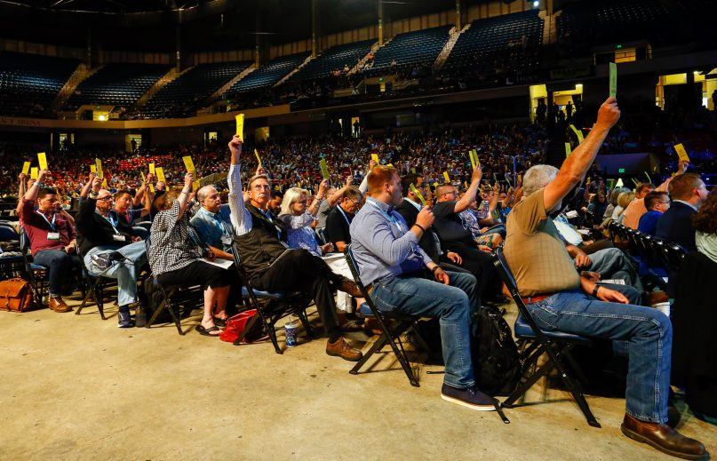 Messengers vote on a motion during the annual meeting of the Southern Baptist Convention at the Birmingham-Jefferson Convention Complex on June 12, 2019, in Birmingham, Alabama.  RNS photo by Butch Dill