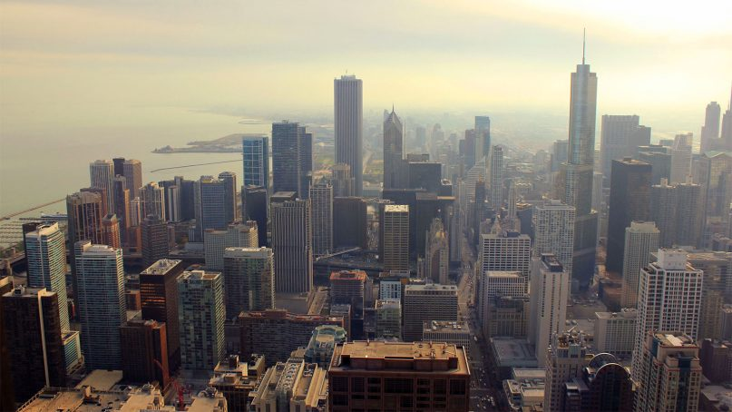 The skyline of Chicago along Lake Michigan. Photo by Yinan Chen/Creative Commons