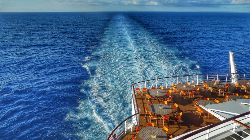 The wake of a cruise ship. Photo courtesy of Creative Commons