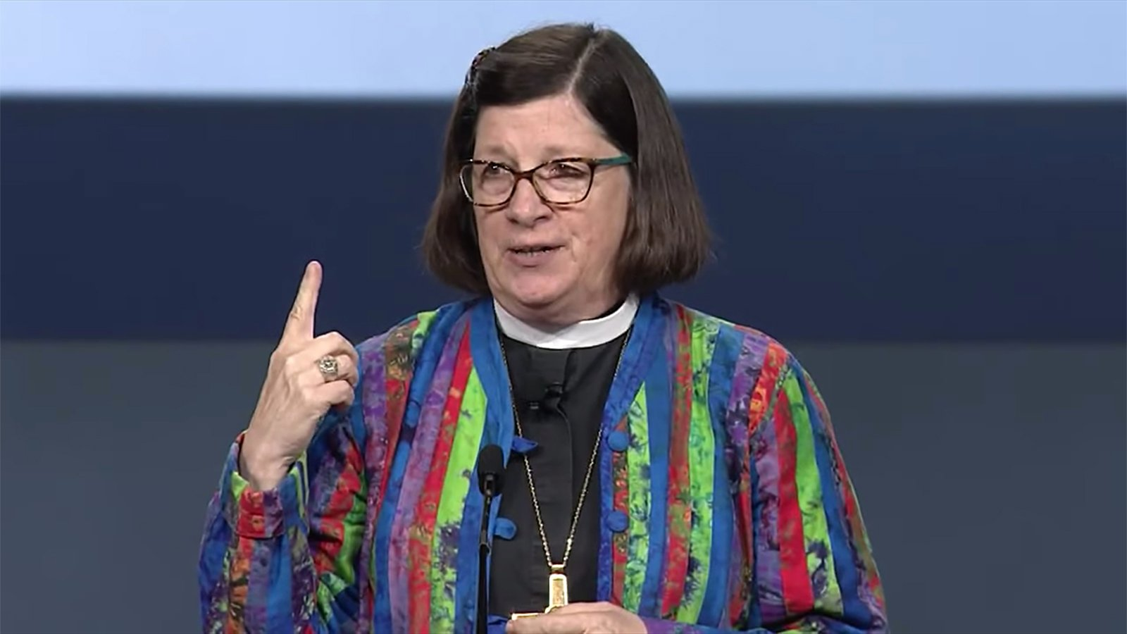 Presiding Bishop Elizabeth Eaton explains procedures for the ELCA Churchwide Assembly on Monday, Aug. 5, 2019, in Milwaukee. Video screenshot