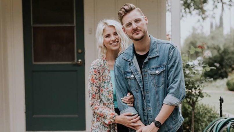 Julie and Jarrid Wilson. Photo via @jarridwilson/Instagram