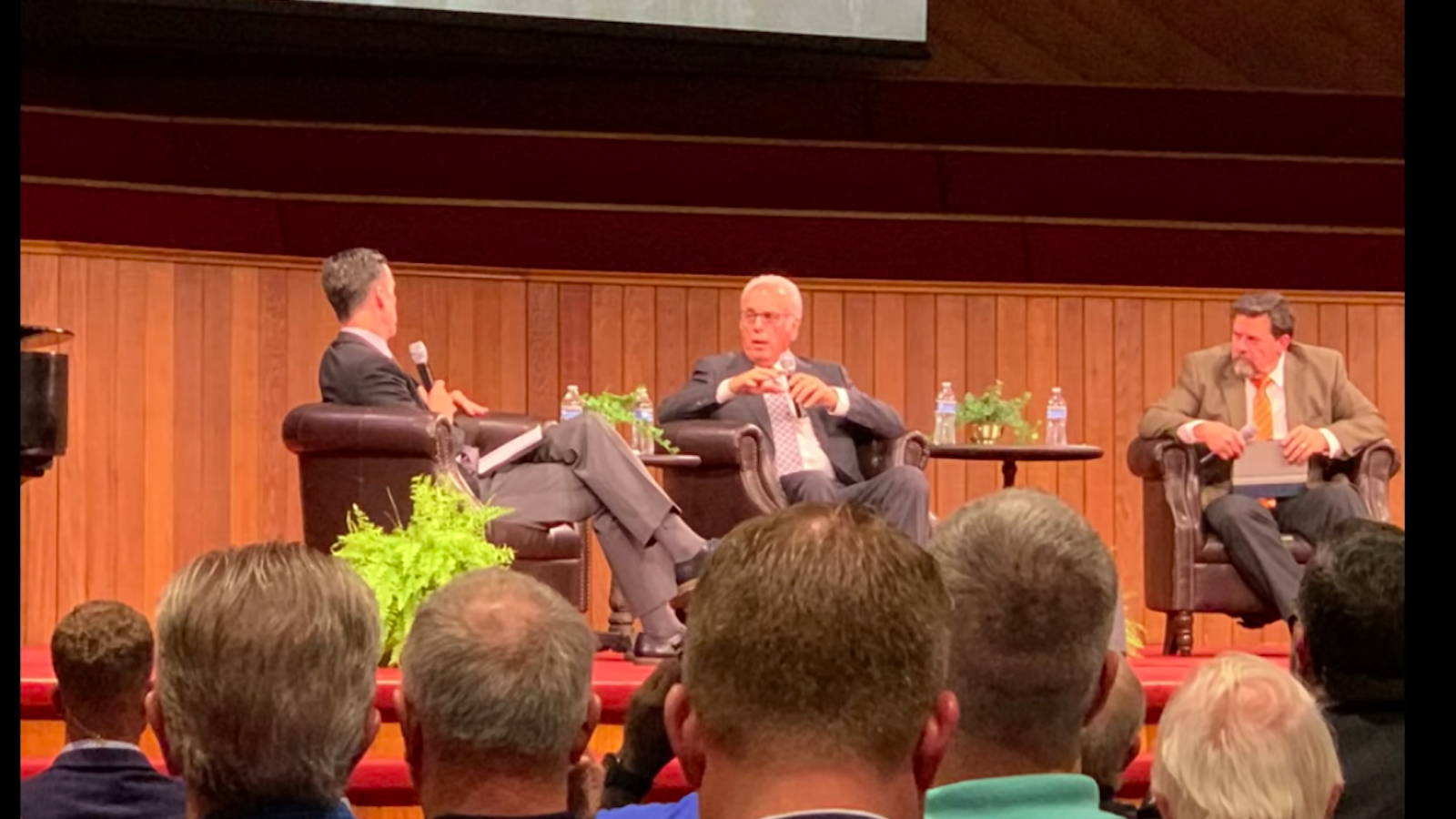 Accusing SBC of 'caving,' John MacArthur says Beth Moore should 'Go home' - Religion News Service