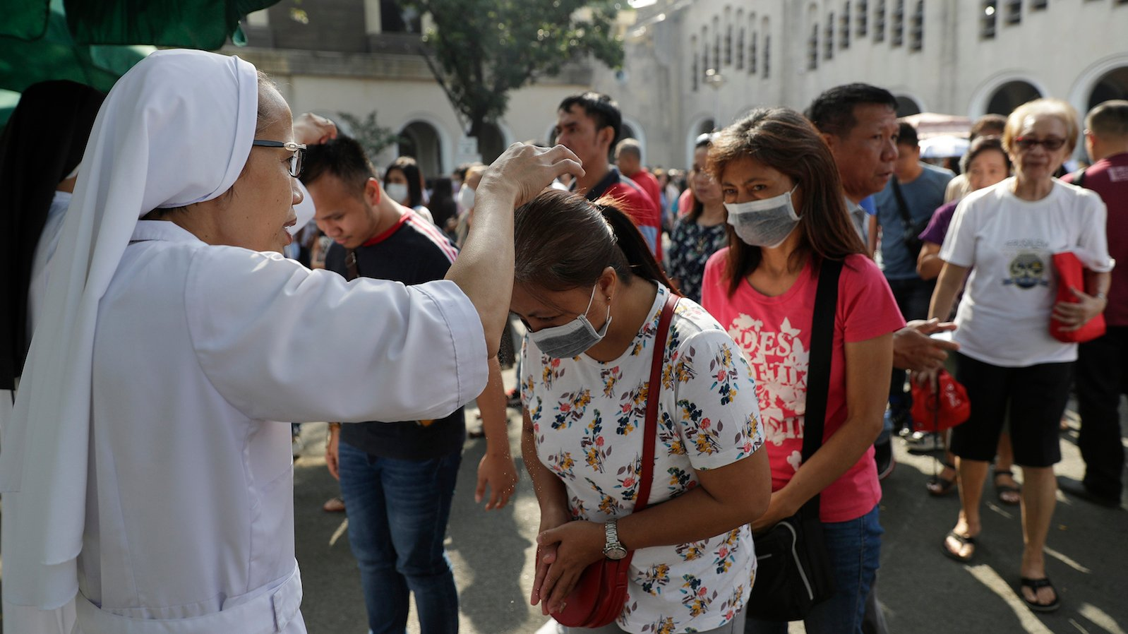 Caution and Cancellations Mark Ash Wednesday in Time of Coonavirus