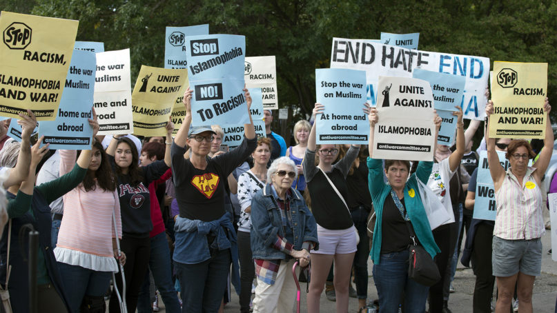 People rally and march to denounce hate speech and hate crimes against Muslims on Sept. 17, 2016, in east Minneapolis. Photo by Fibonacci Blue/Creative Commons