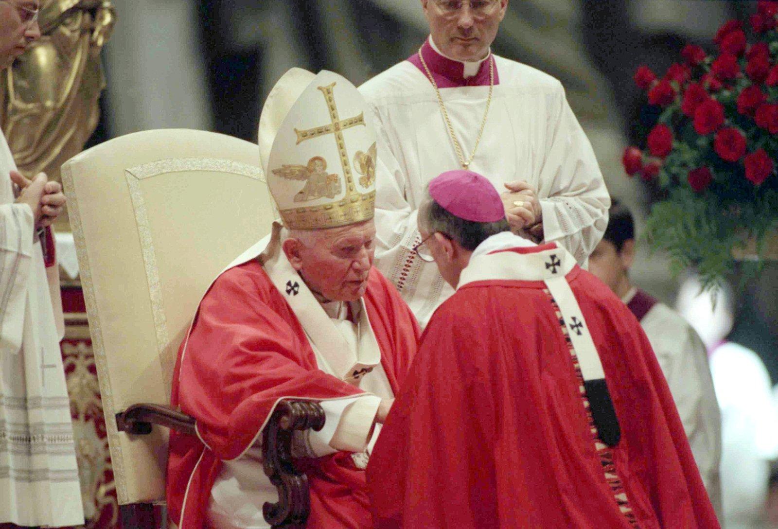 Pope John Paul II greets the archbishop of Buenos Aires, Archbishop Jorge Mario Bergoglio, at the Vatican on June 29, 1998. (AP Photo/Sambucetti)