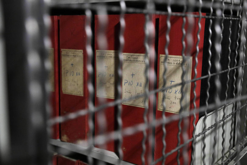"""Folders marked with labels reading """"Pius XII"""