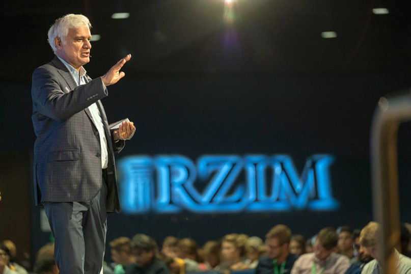 Ravi Zacharias speaks to students at the Zacharias Institute during the ReFresh conference in Alpharetta, Georgia, in July 2018. Photo by Gary S. Chapman