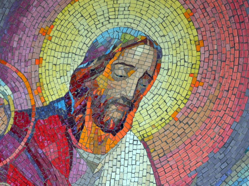 A mosaic depiction of Jesus. Photo by Dorothée Quennesson/Pixabay/Creative Commons