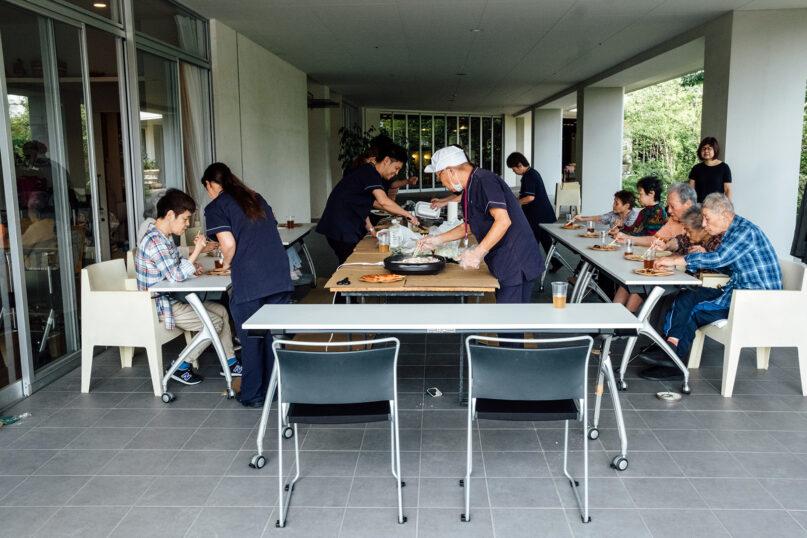 A meal is served to residents at the Crossheart Saiwai Kawasaki nursing home in Kawasaki, Japan, in September 2019. Photo by Noel Rojo