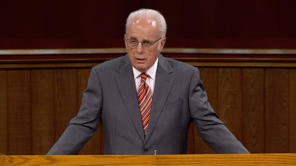 John MacArthur, pastor who has defied COVID-19 orders, will face new  hearing in November