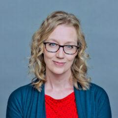 Kristin Kobes Du Mez. Courtesy of kristindumez.com