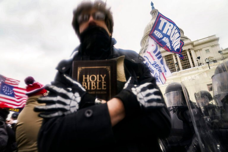 More Than 500 Evangelicals, Other Faith Leaders Sign Open Letter Condemning Religion at Insurrection as 'Perversion of the Christian Faith'