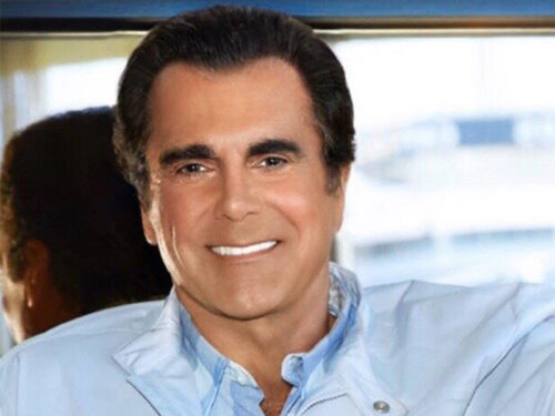 Carman, Beloved by '90s Evangelical Kids, Was a Pentecostal Showman at Heart