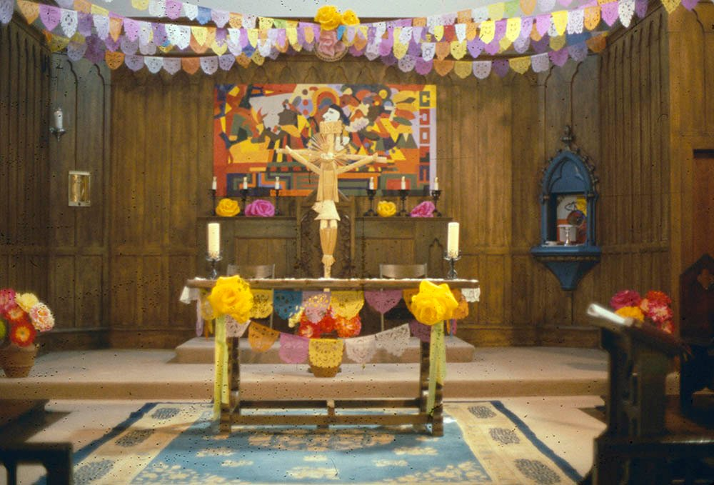 An 1968 photo of the altar at Church of the Epiphany in Los Angeles. © La Raza Staff. From the La Raza Photograph Collection. Courtesy of the UCLA Chicano Studies Research Center.