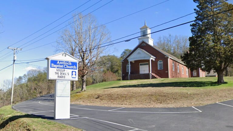 Tennessee Pastor Convicted of Statutory Rape Resigns After SBC Expels Church for Hiring Him