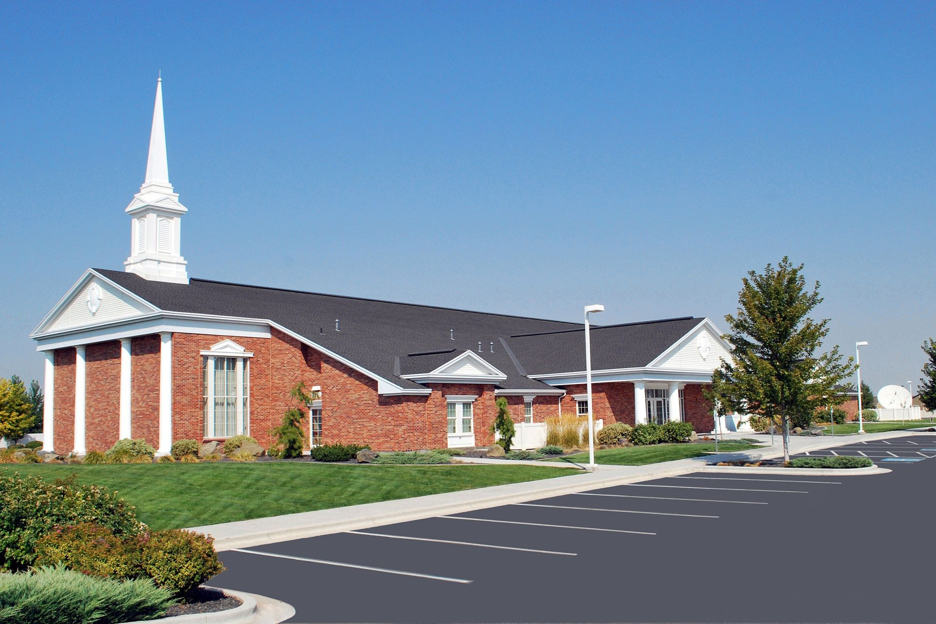 If Mormons could just hang out in the church building