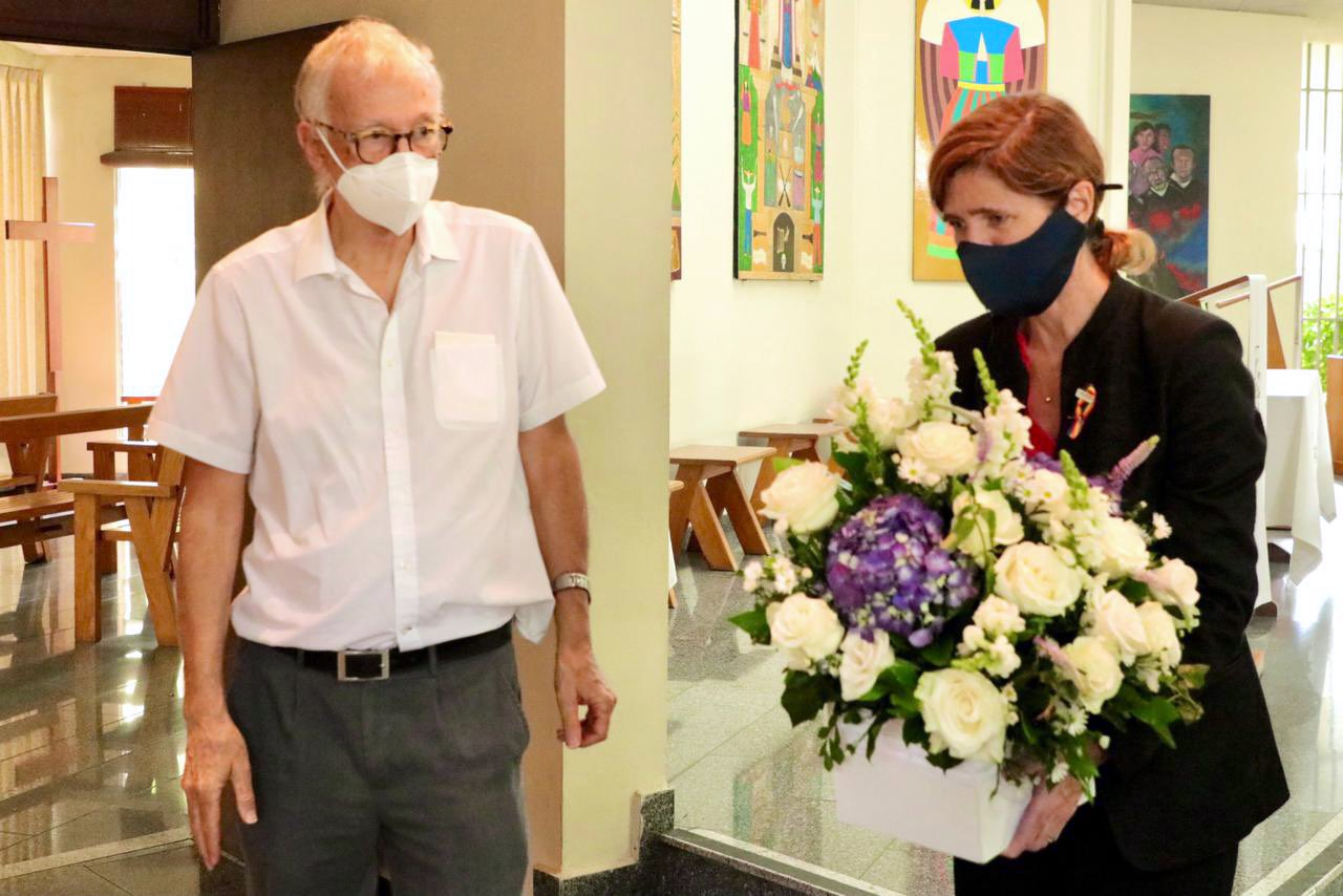 USAID Director Samantha Power on June 15 visits chapel at University of El Salvador where six Jesuits, their housekeeper and her daughter were murdered by soldiers during the 1989 civil war. Photo from tweet by @PowerUSAID.