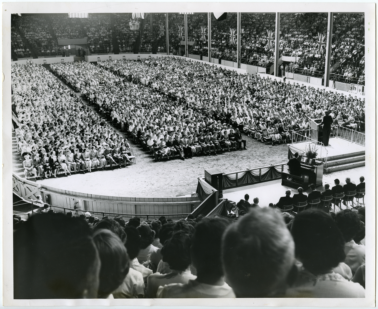 American Evangelist Billy Graham holds a rally at the Toronto Coliseum in September 1955. Graham held a month-long Greater Toronto Crusade in the Canadian city. RNS archive photo. Photo coutresy of the Presbyterian Historical Society.