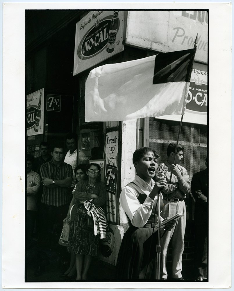 A young woman preaches on a street corner on the Lower East Side of New York, circa 1972. RNS file photo.  Photo courtesy of the Presbyterian Historical Society.