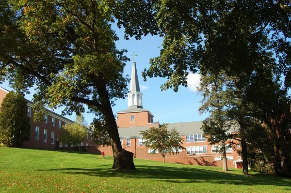 Gordon-Conwell Seminary Alumni and Staff Protest Loss of Black Professor